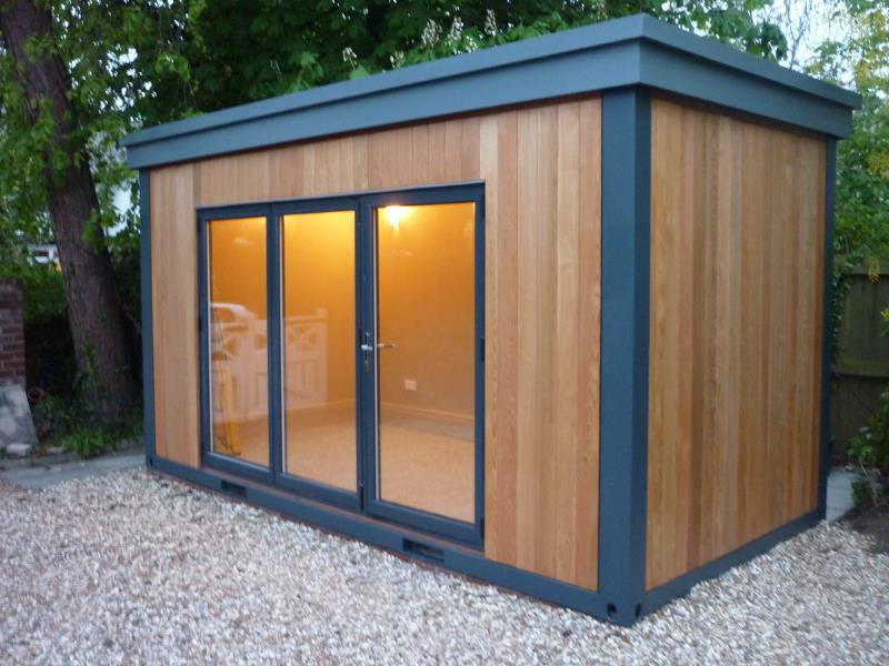 With full length doors, our kiosks are also ideal for garden offices, small retail spaces, food and drink stations for garden parties and more.
